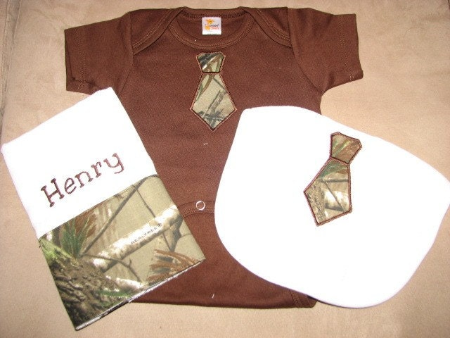 Personalized Applique Tie Bib, Burb Cloth, And Body Suit Gift Set