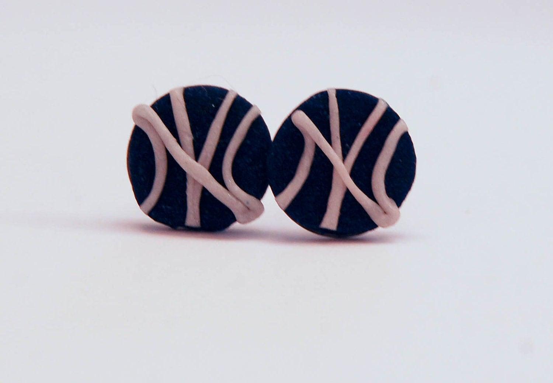 Yankee Pride earrings