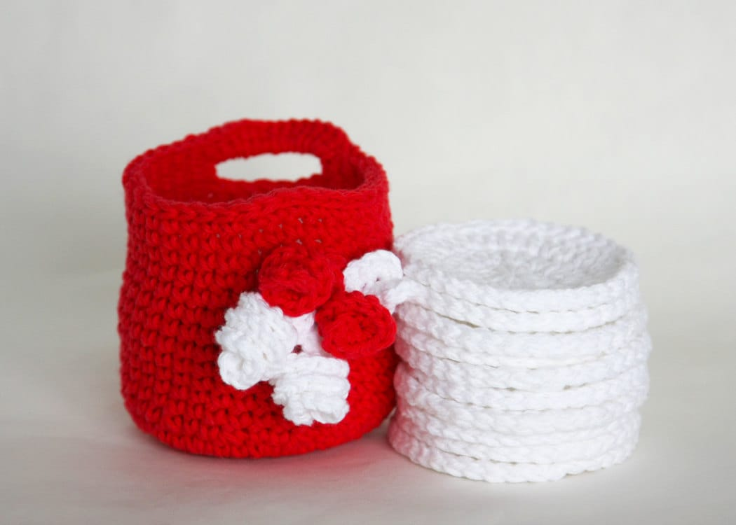 Makeup Remover Cloths with Storage Basket Crochet Basket with Face Scrubbies - GetTangled