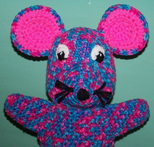 Sock Puppets - PuppetUniverse.com - Learn More About Hand Puppets