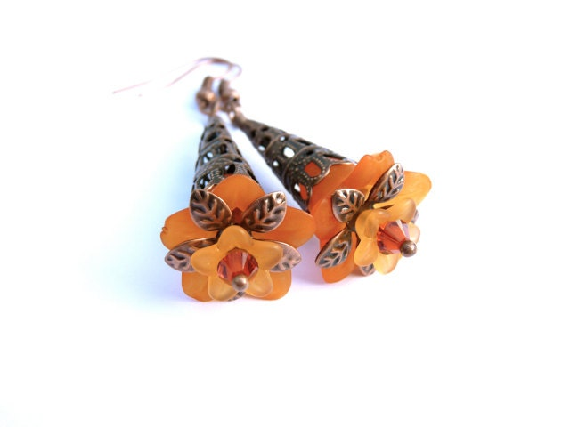 Orange Lucite Flower Earrings - Lucite Flowers - Flower Earrings - Orange Flowers - Autumn - Floral - Orange Earrings - Women - Orange - SusansBeadHappy