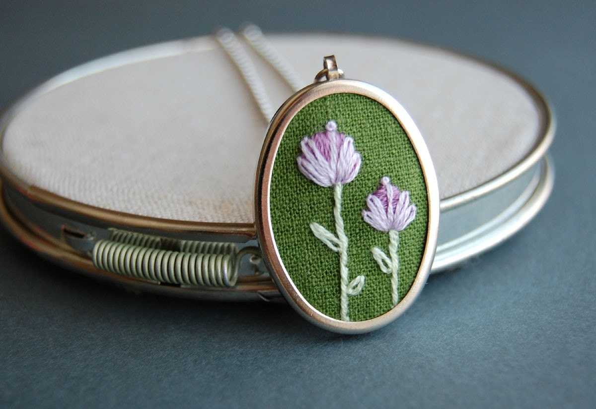 Embroidered Pendant Necklace Double Blossoms on Moss Green Linen