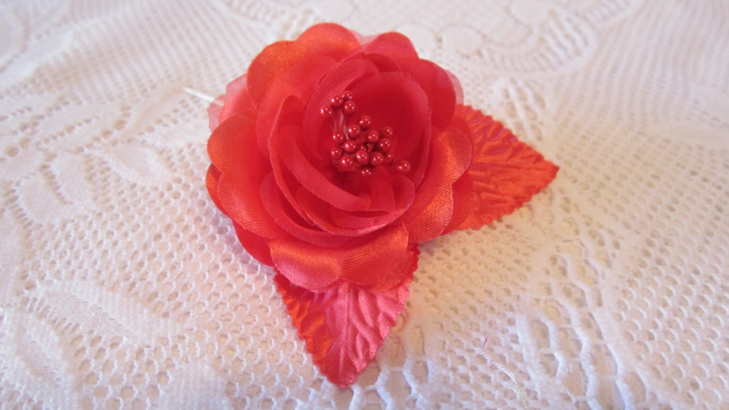 Red Roses for Crafting Bridal Hair Accessories Gowns Wedding Favor Corsage 4 Roses - CarolsCreativeArts