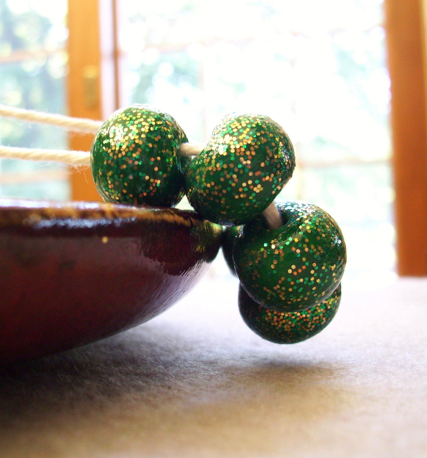 Christmas Day - Poymer Clay Glitter Beads