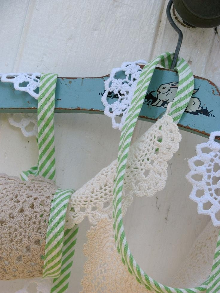 Vintage crochet doily garland - pefect for tea parties