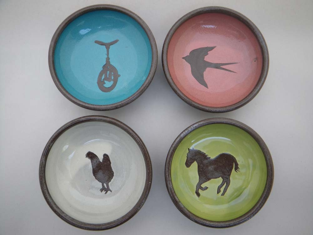 set of four colour dipper bowls : unicycle, swallow, chicken, horse