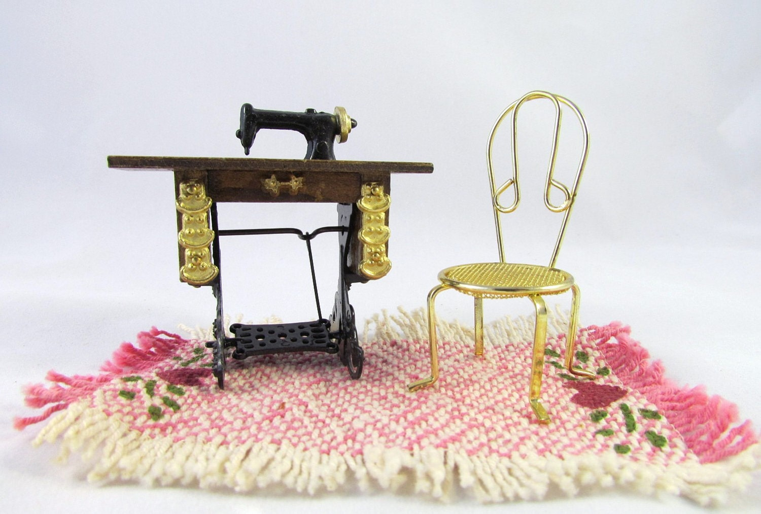 Dollhouse Furniture Sewing Machine Chair By Vintagepolkadotcom