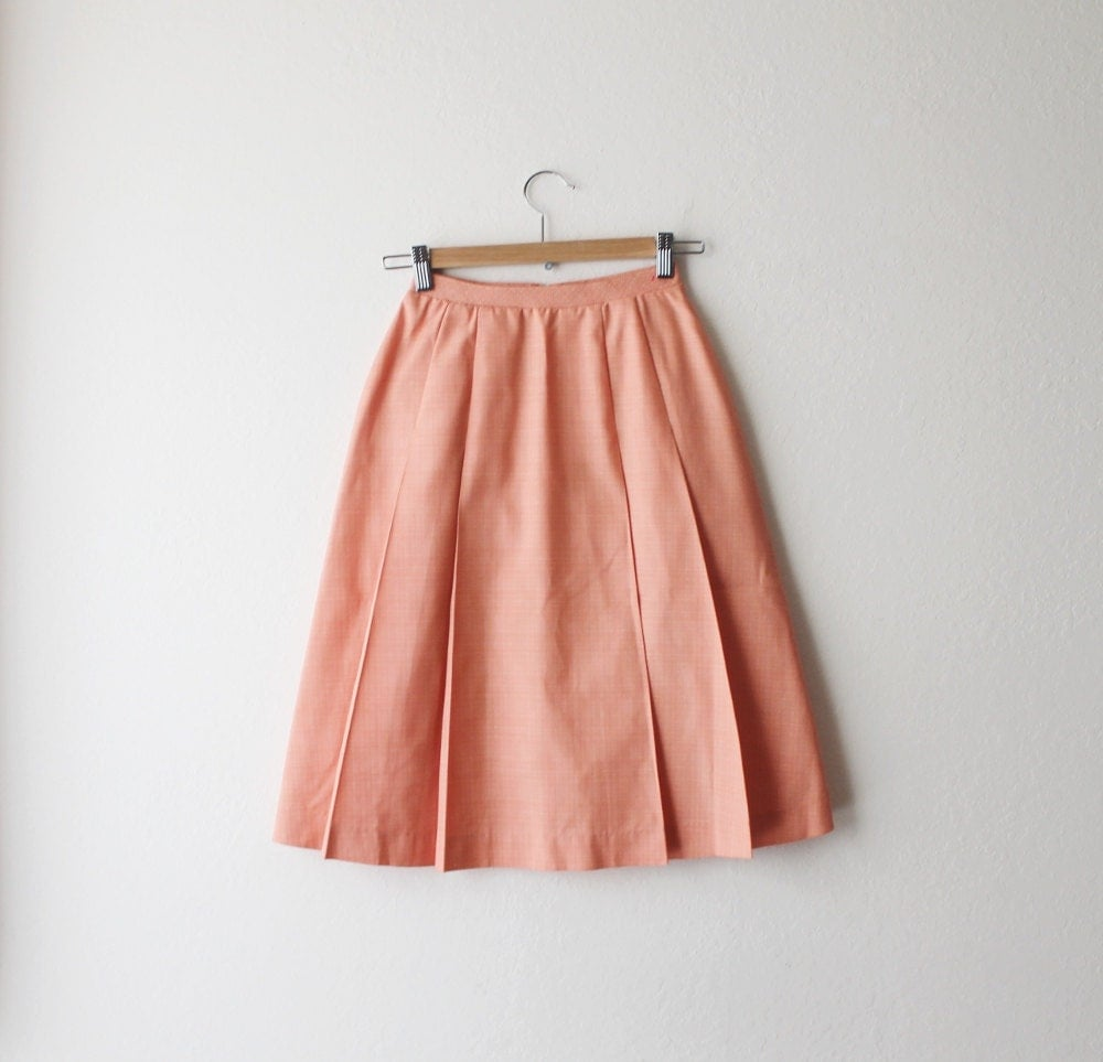 1960's Koret Peach High Waist Pleated Skirt Size Extra Small - OiseauVintage