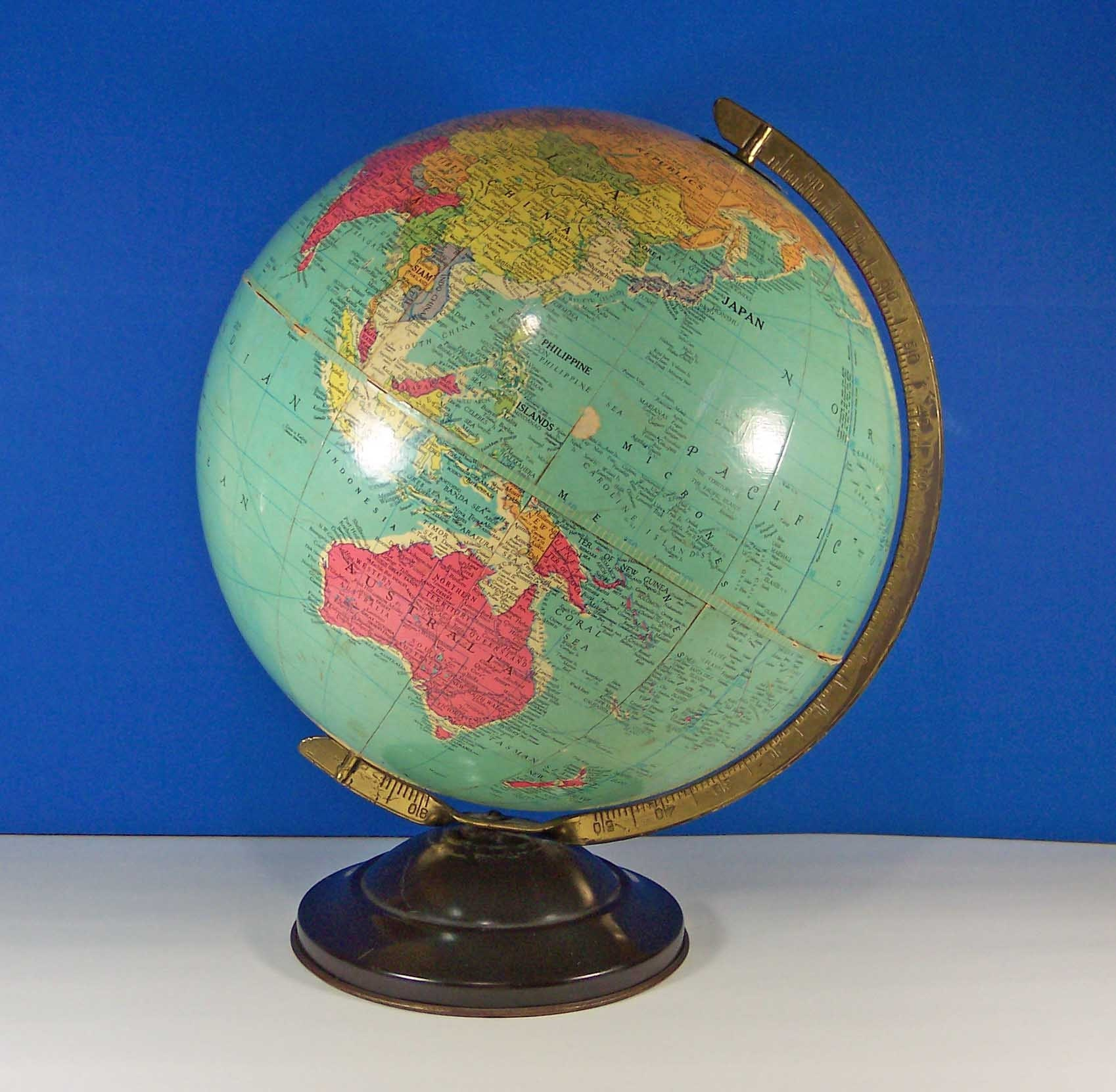 1930s Replogle Precision World Globe. 12-Inch. Vintage 405