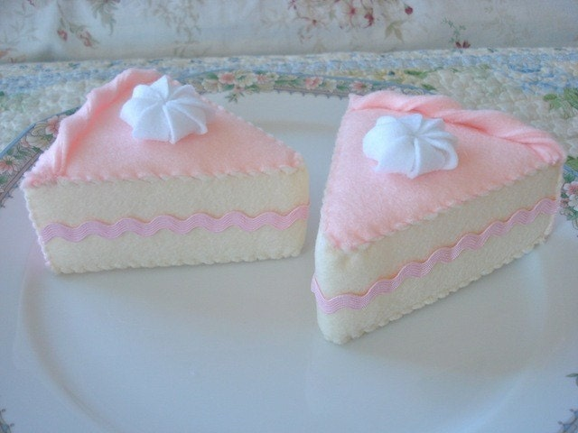 Princess Cake Slices
