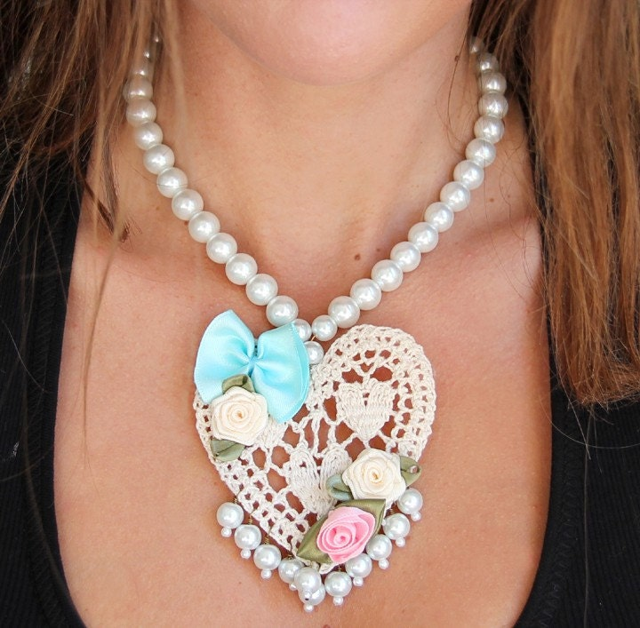 Crochet Heart and Pearls Necklace