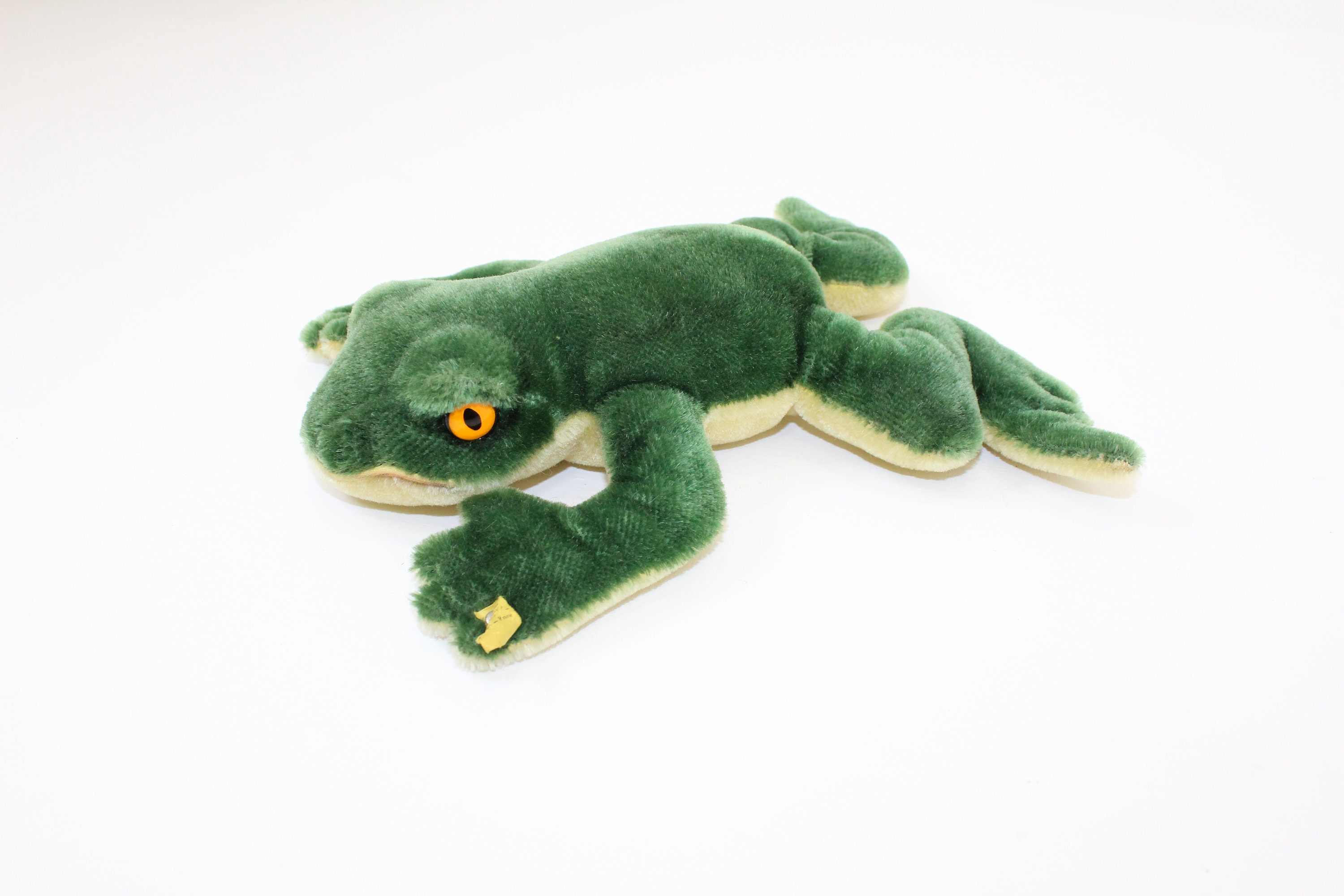 Vintage 1960s Steiff Froggy the frog green mohair soft toy collectable with button and yellow flag