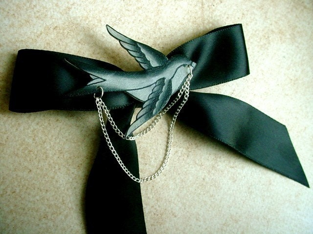 couture lolita black satin hair bow with sparrow and chains