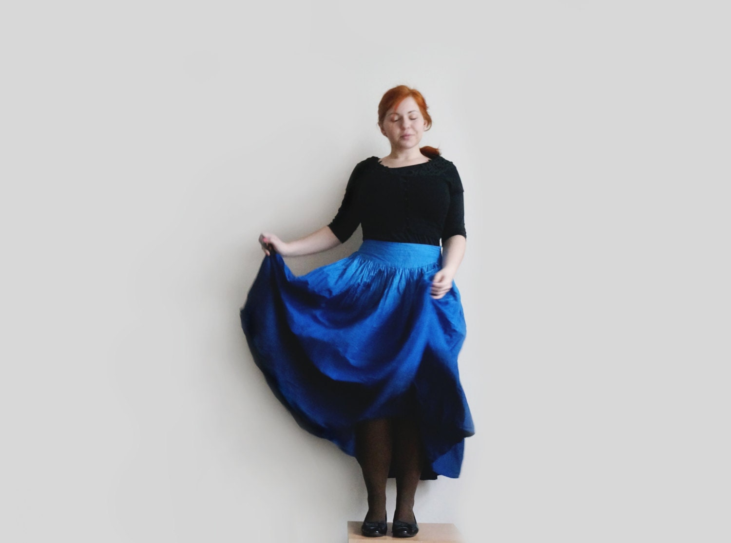 Vintage ombre blue maxi skirt, navy blue long skirt, full circle cotton skirt - plot