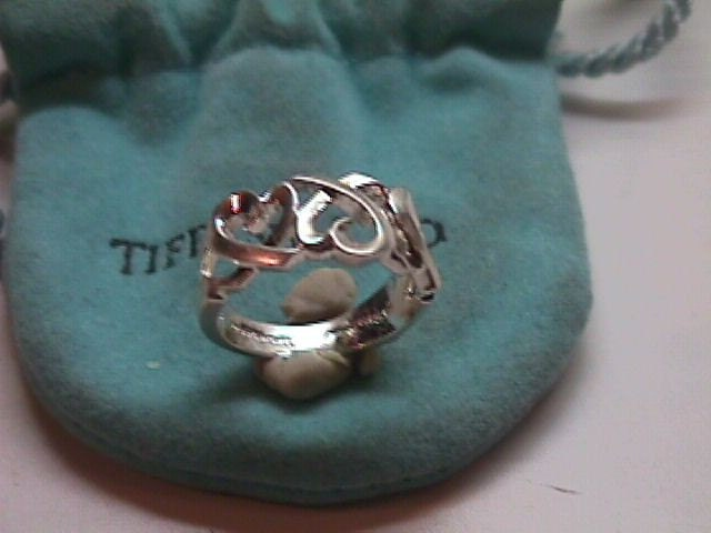 Tiffany Paloma Picasso Love & Kisses Ring Jewelry