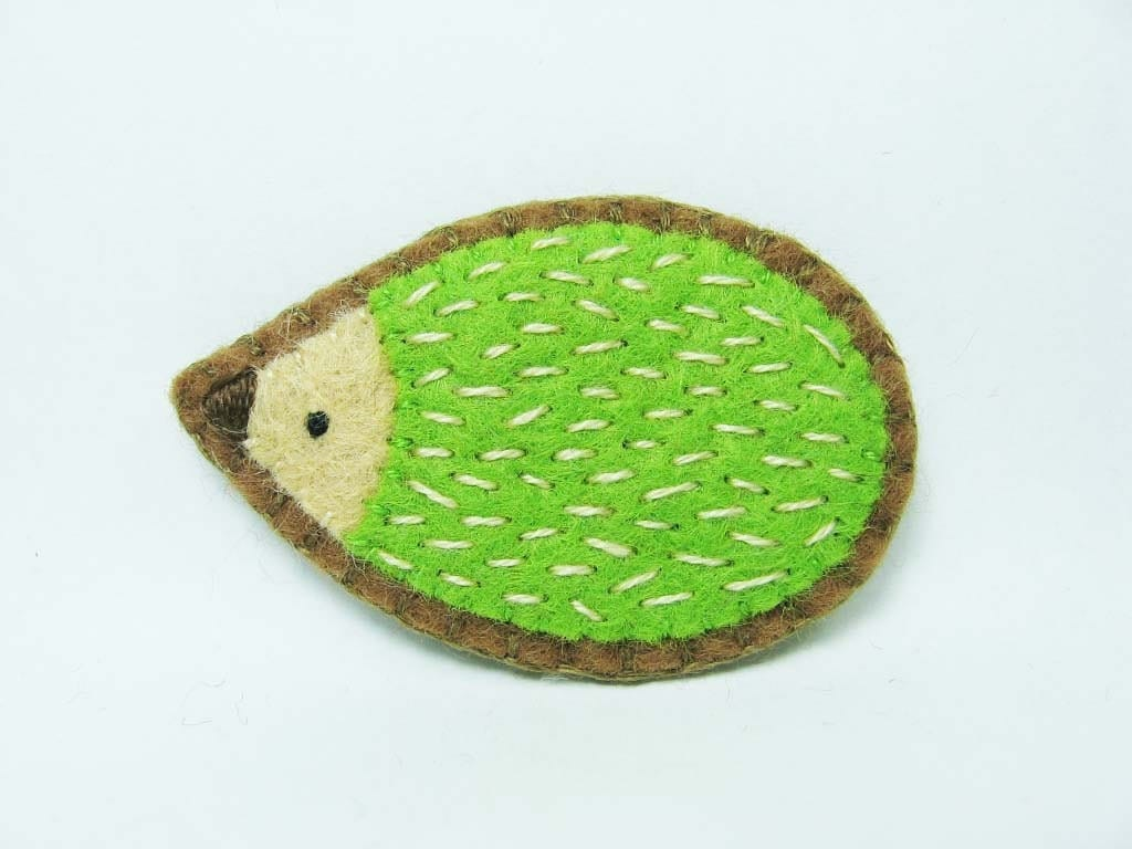 SALE Friendly hedgehog felt pin - small size - made to order - hanaletters