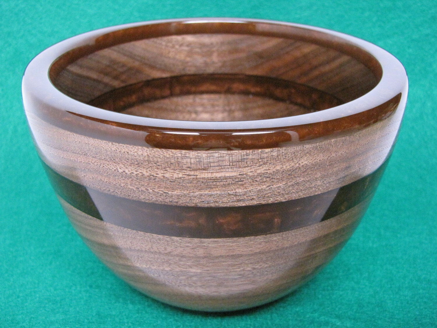 Black Walnut Bowl with Pearlized Brown Resin Rim & Inlay