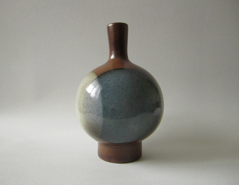 Robert Maxwell POTTERY CRAFT Mid Century Modern Ceramic VASE - 1960s/70s - Venceremos