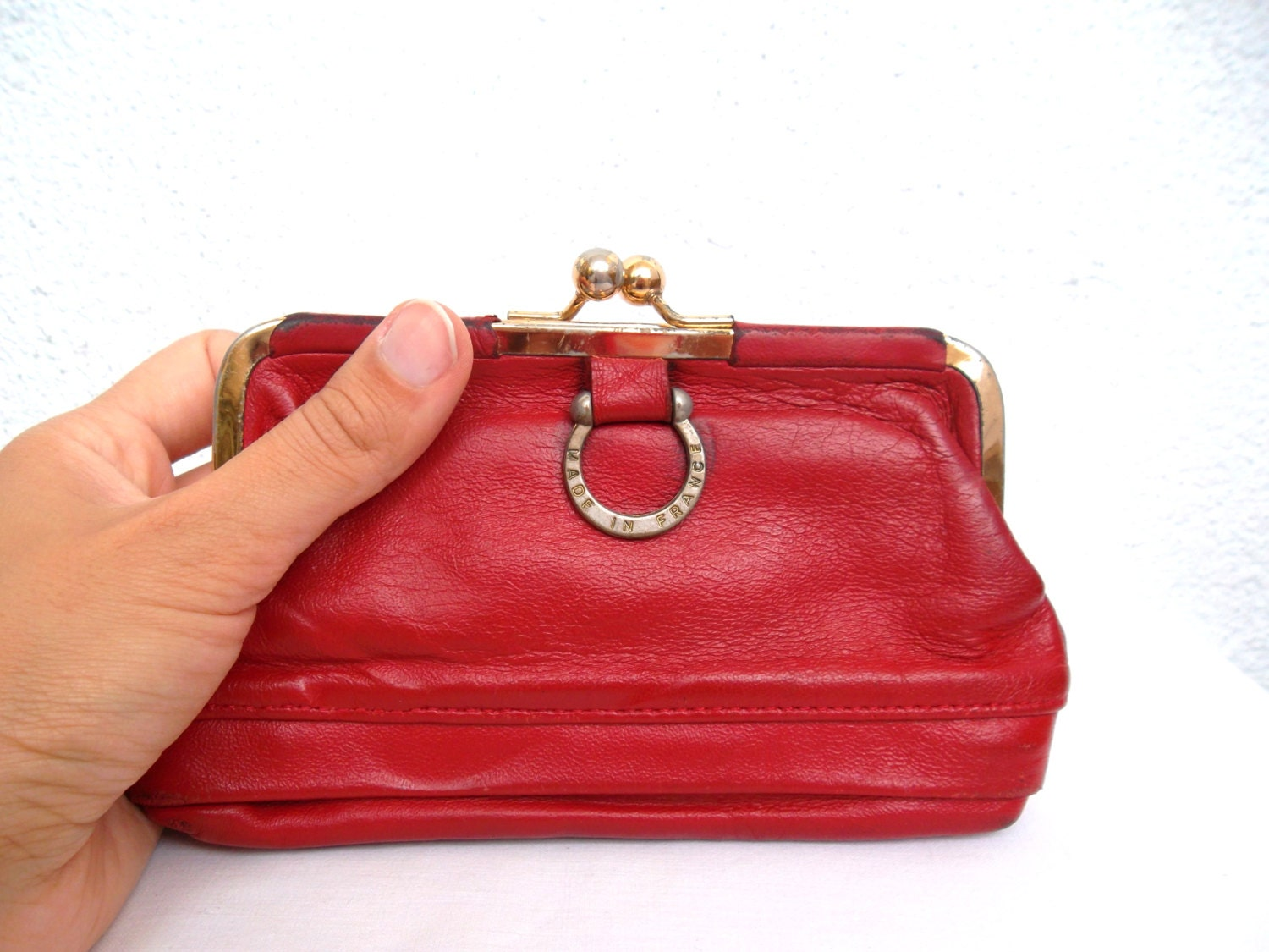 Red leather coin purse, French vintage purse, old  real leather money purse,  distressed genuine leather change purse, 80s lady red wallet - BlastFromThePastBags