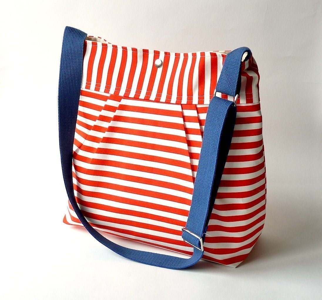 The STOCKHOLM red ecru and Blue French Messenger-8 Pockets