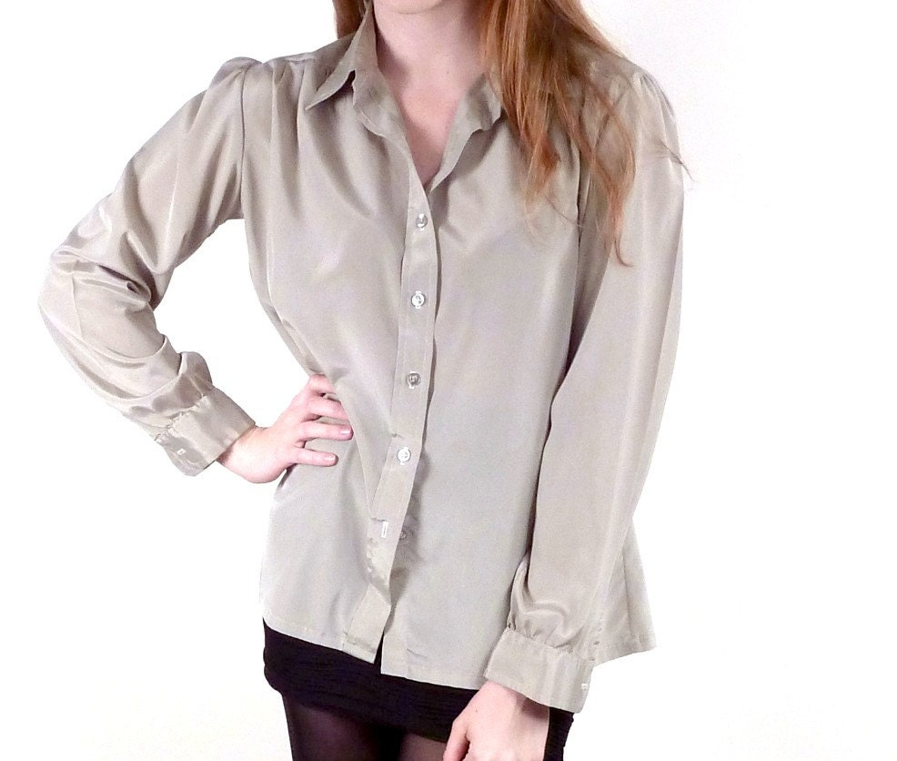 Vintage Beige Blouse / Luster Sheen Blouse / Ascot Blouse / Long Sleeve Top M L - VintageEdition