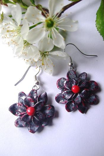 Summer flower earrings- Free gift wrap, handmade with love from Europe