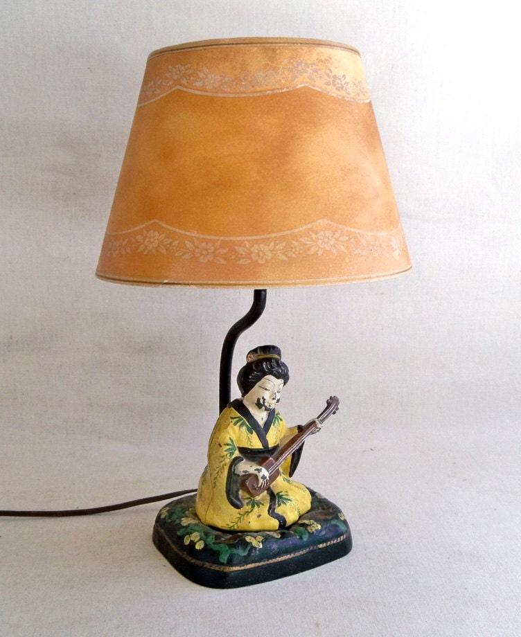 geisha girl lamp