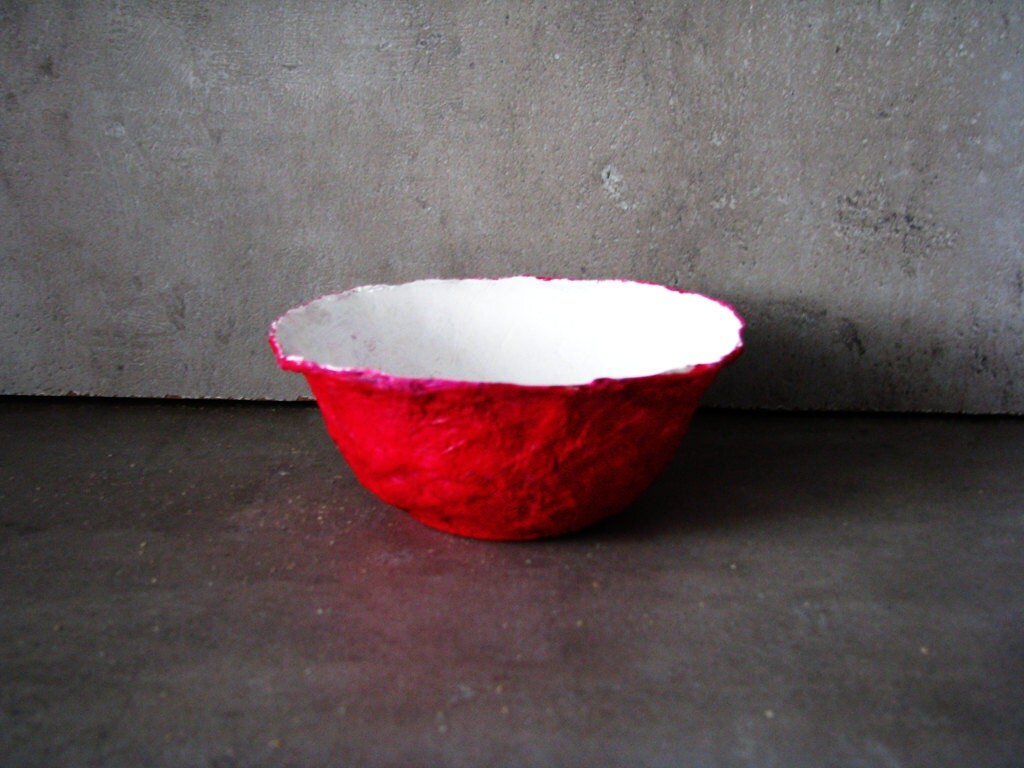 Orchid floral papier mache bowl, white and orchid or fuscia red, color variations possible, green, blue. - Grimme