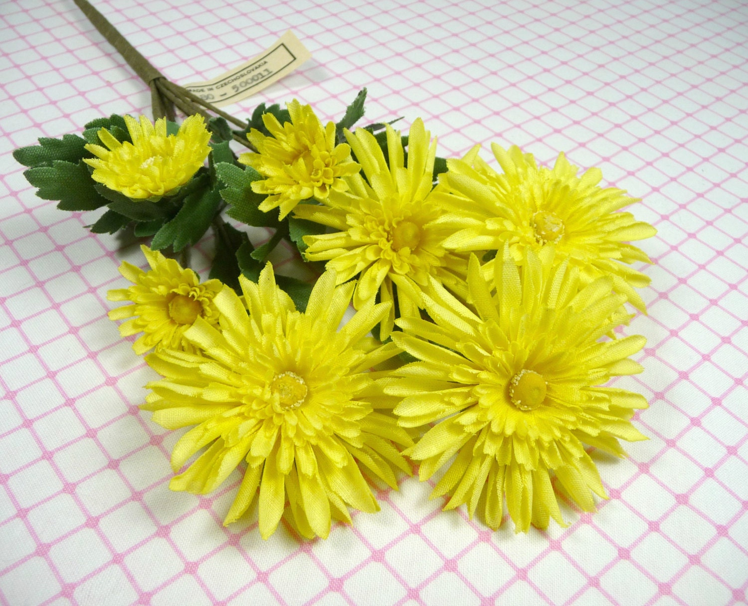 Vintage Millinery Chrysanthemum Flowers Spray of 7 Bright Sunny Yellow NOS for Hats, Wreaths, Weddings - APinkSwan