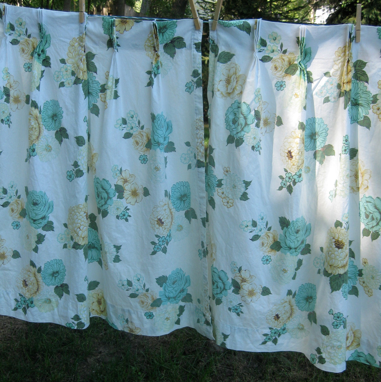 Vintage Floral Curtains Circa Late 1940s 1950s By MonetsAttic