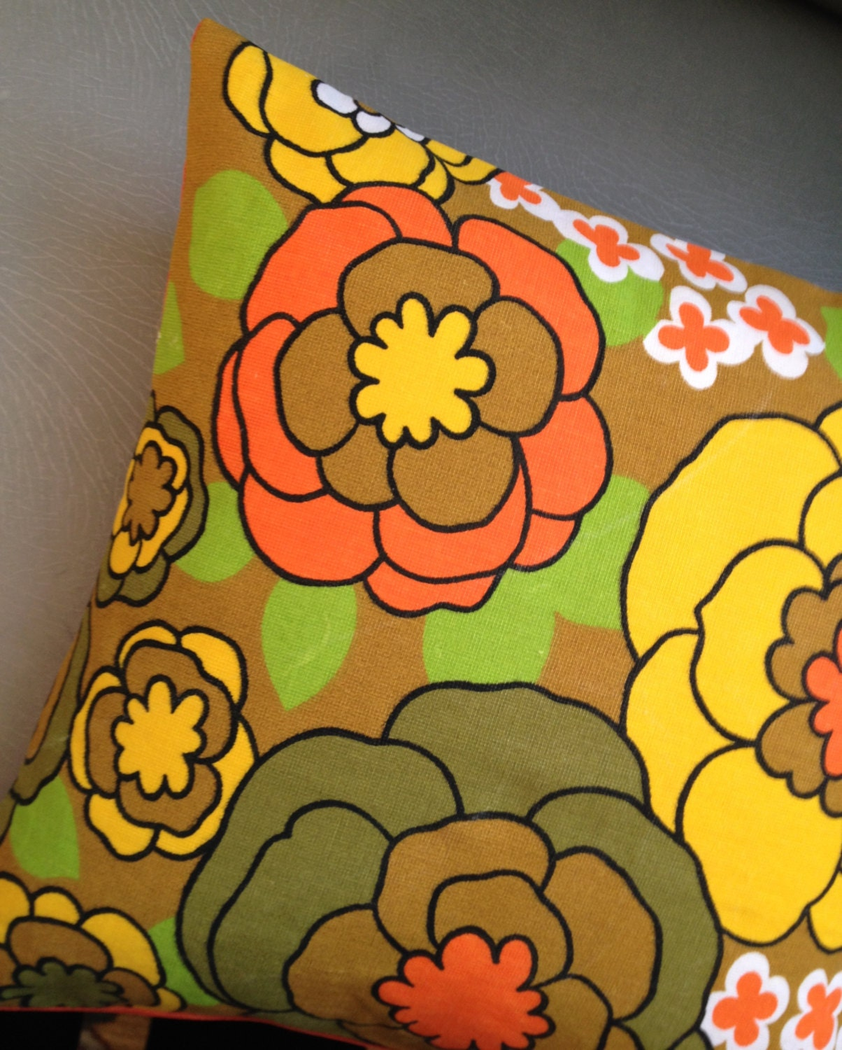 Feelin Groovy Flower Power 60s Barkcloth Fabric Throw Pillow// Decorative Pillow// Down Insert