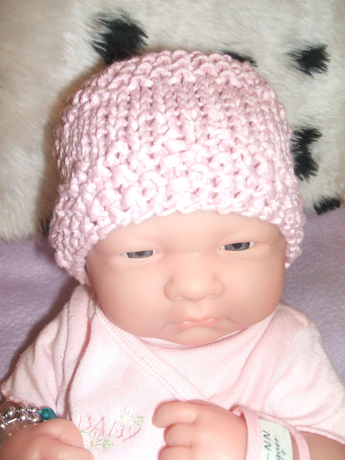 gorgeous little hand knitted hat 100 bamboo pink small newborn reborn baby