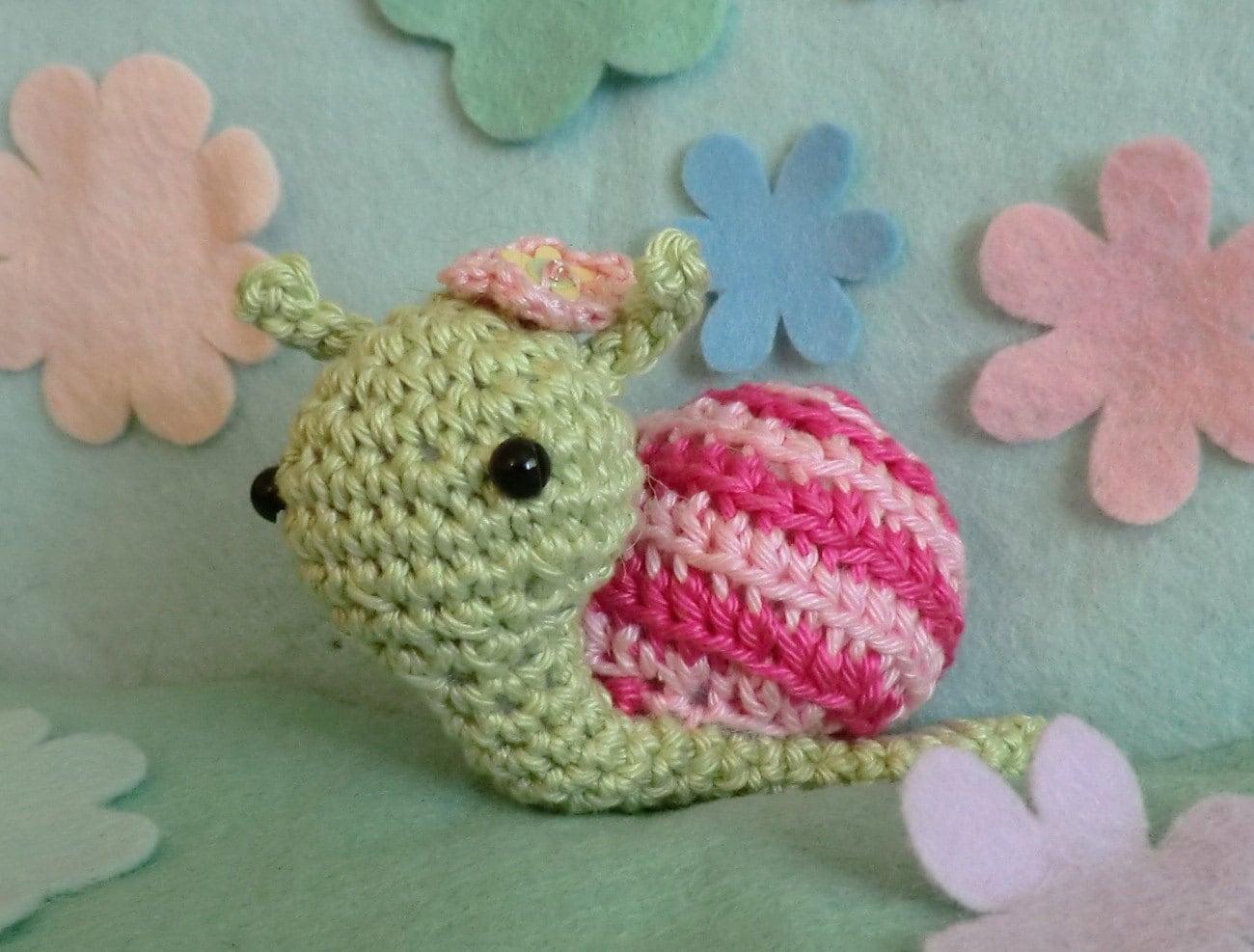Amigurumi Free Pattern Snail : Jane the snail crochet amigurumi pattern PDF by AmigurumiBarmy