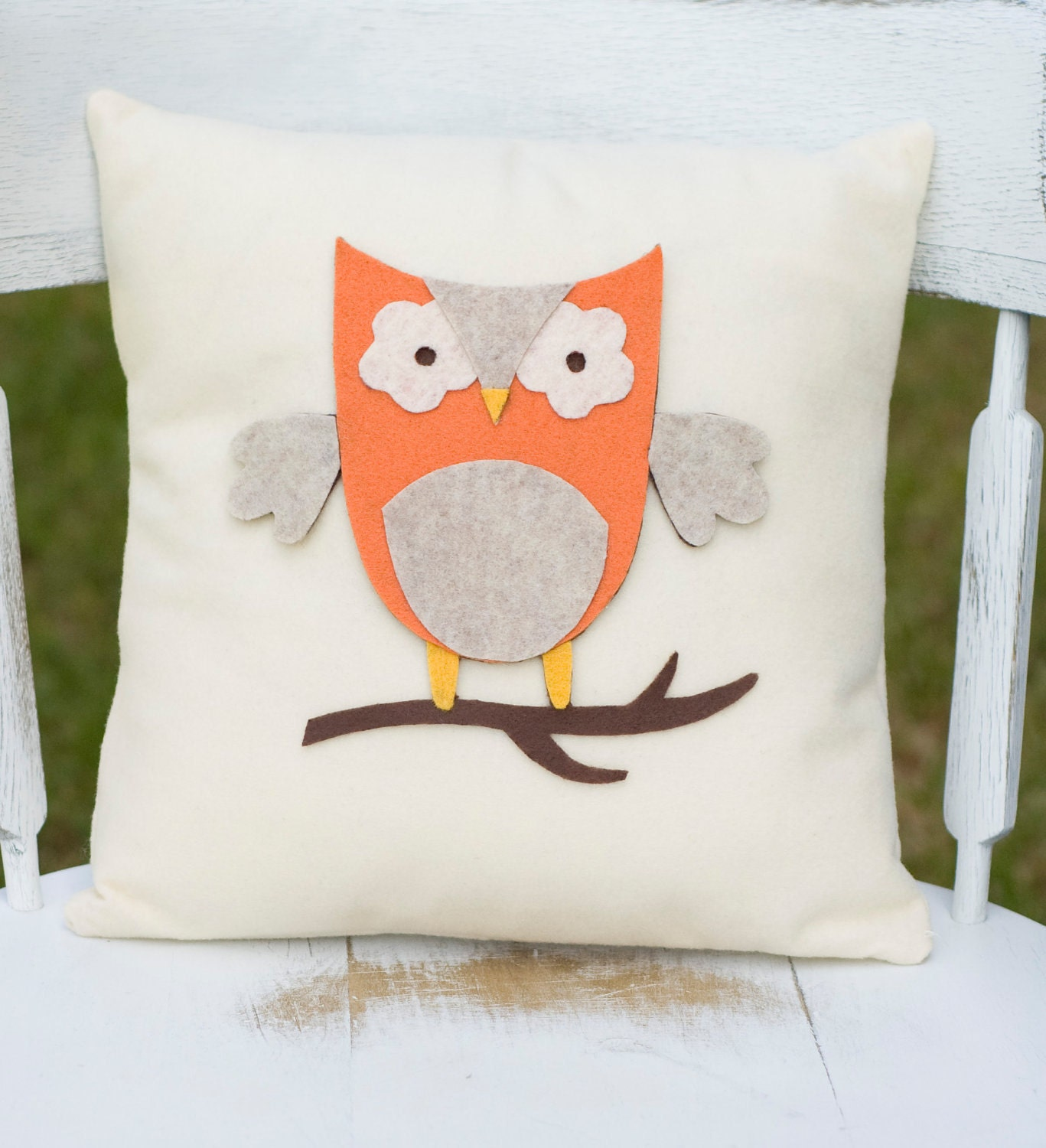 SALE- Hoot- Decorative Felt Owl Burlap Pillow 14X14