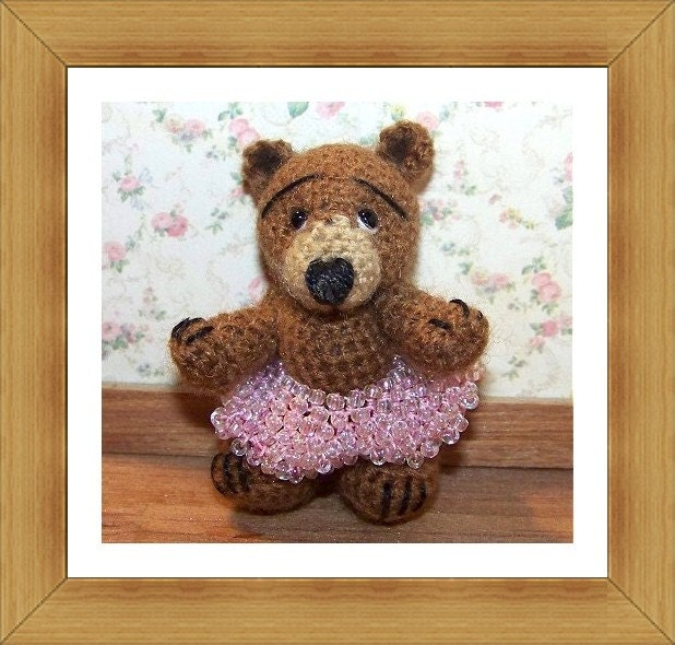 KAYLEE  Miniature Thread Artist Crochet Bear