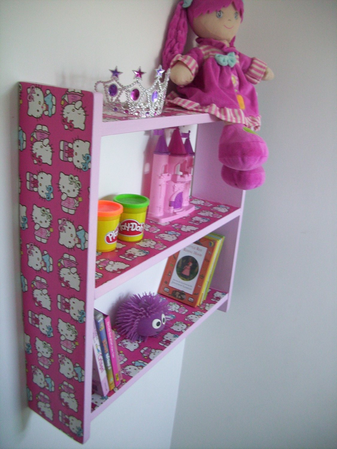 60cm H x 60cm W Childrens Pink Hello Kitty Bedroom Shelves Bookcase Toy Storage.