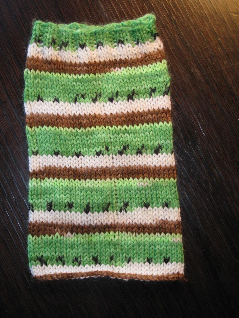 Pre-order - 460 yards hand painted self striping kiwi fruit sock yarn - superwash wool