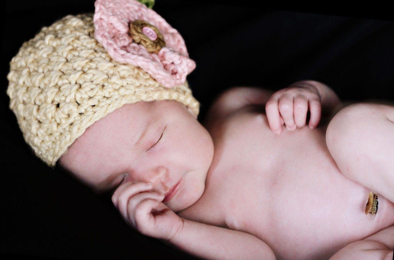 Органического хлопка вязания крючком шапочка Cloche со съемной Цвет Клип цветов Custom и размер