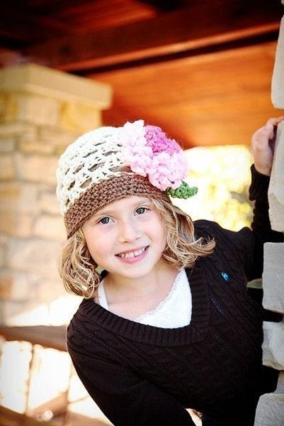 پی دی اف Loopy گل و لایه باز بافت یکنوع عرقچین کوچک کهمحصلین برسر میگذارند قلاب دوزی الگوی همه کلاه از نوزاد به اندازه بزرگسالان شامل