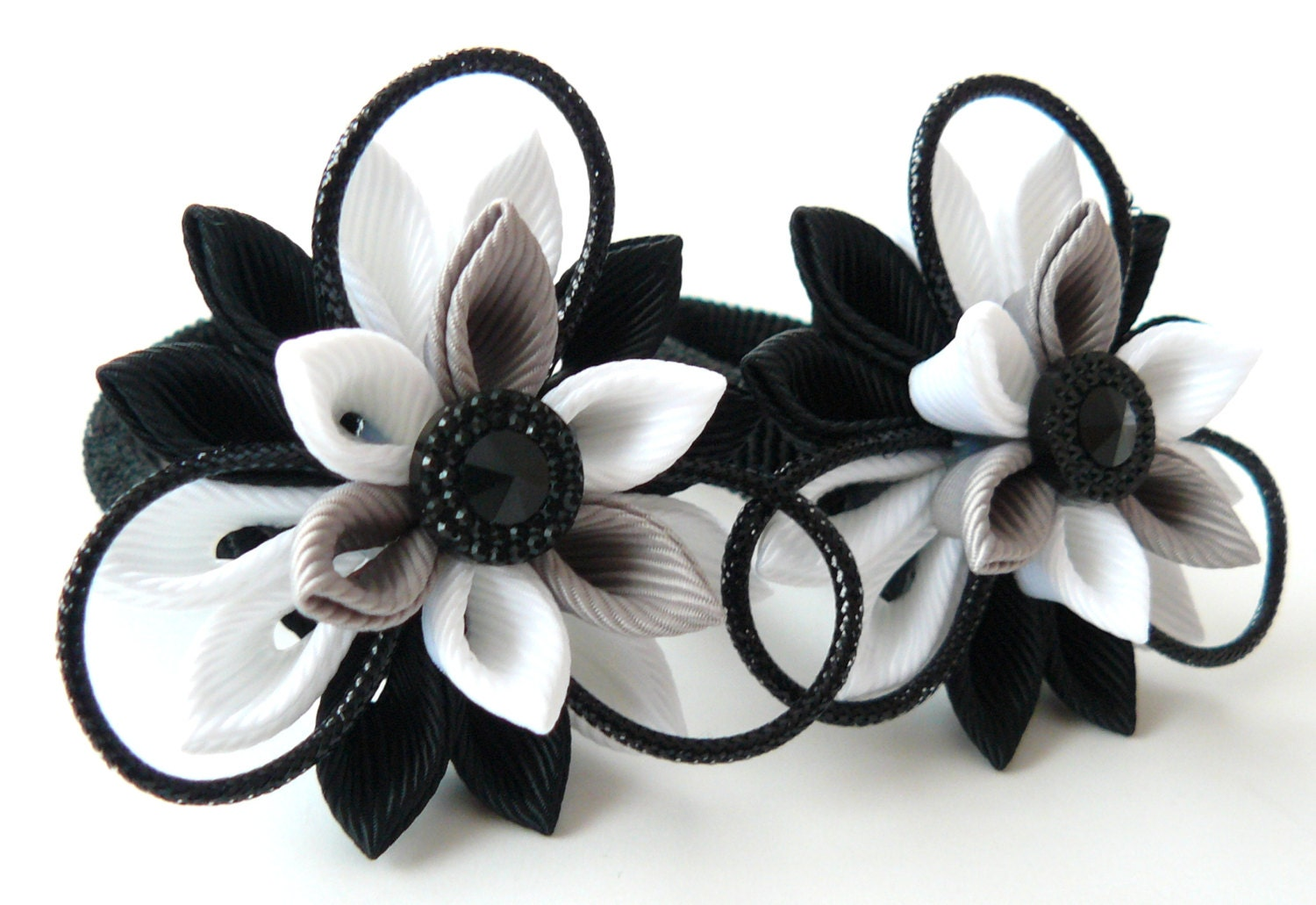 Kanzashi fabric flowers. Set of 2 ponytails . Black, grey and white. - JuLVa