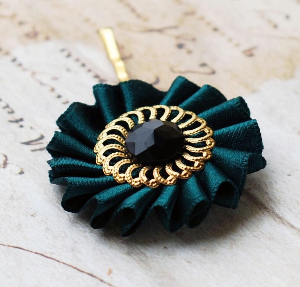 British racing green - Vintage hair pin. From Sumikoshop