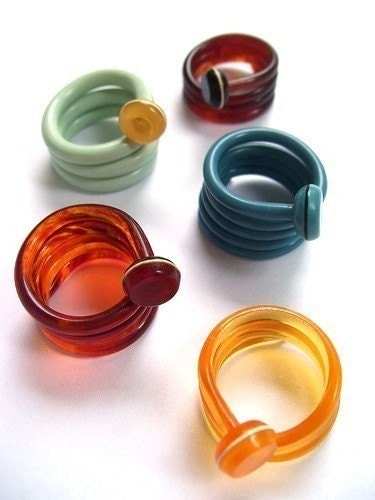 Knitting Needle Rings by Liana Kabel