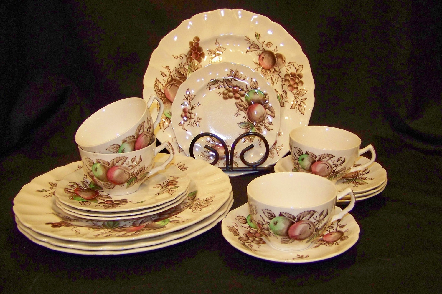 Replacements gt China And Dinnerware TGL Direct & Johnson Brothers Antique China Antique Dinnerware - dinocro.info
