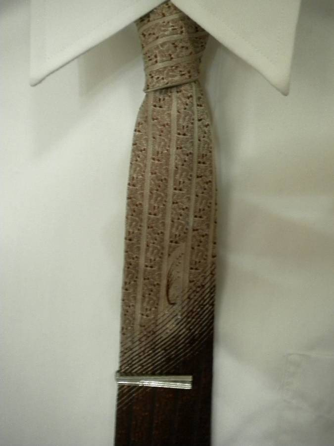 Vintage Skinny Tie, Mad Men Era, 1960s Brown Wembley