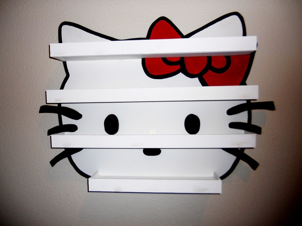 "Hello Kitty nail polish holder (27""x20"")"