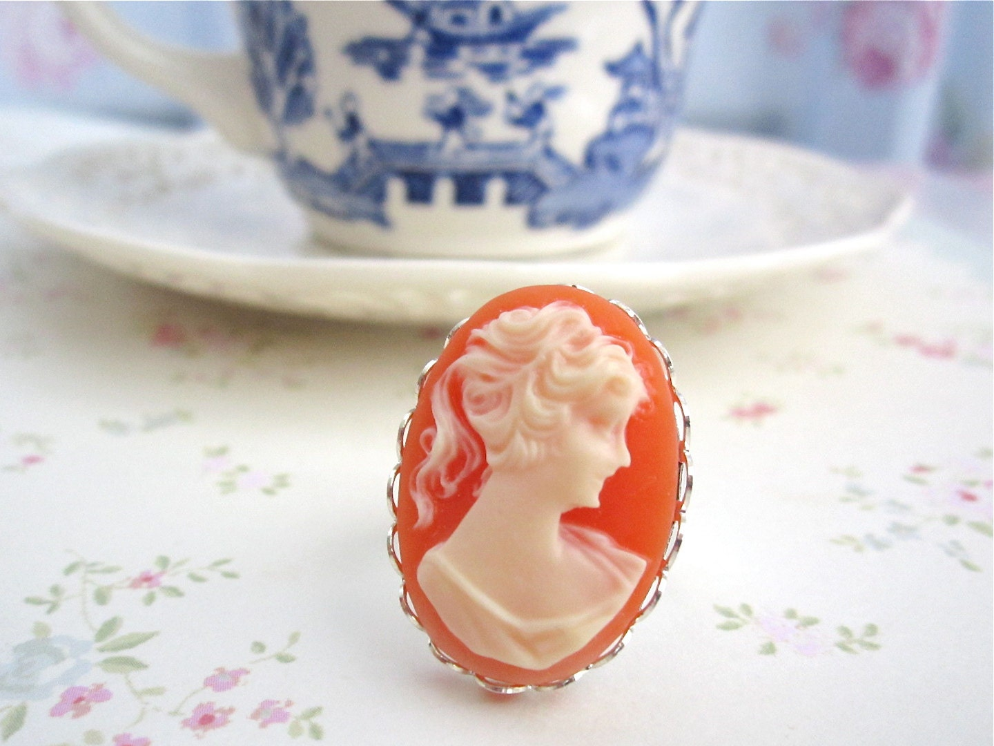 Vintage Coral Cameo Ring