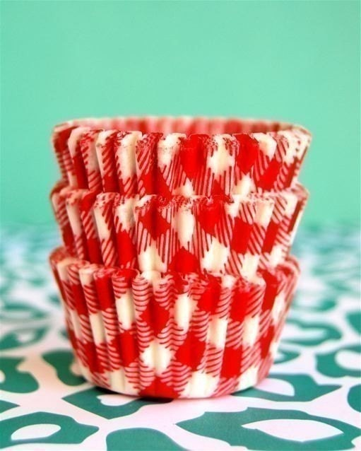 Red Picnic Cupcake LIners (45)