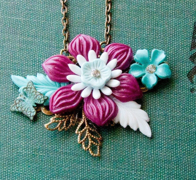 WINE RED FLOWER Vintage Collage Necklace