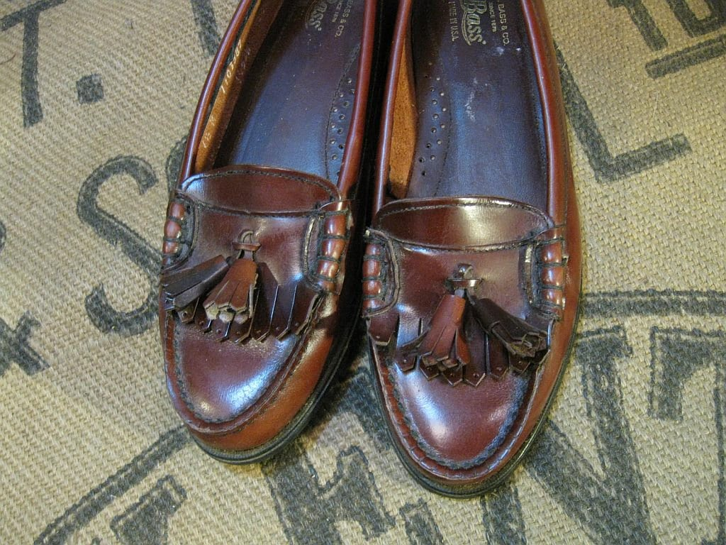 Burgundy Oxblood leather 80s vintage loafers classic preppy shoe Bass 6 7