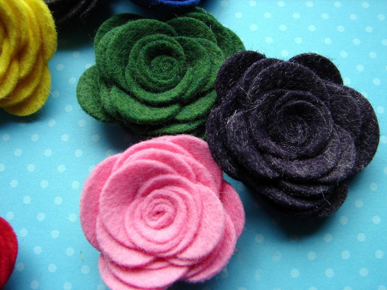 NEW - Wool Felt Large Posies - Dimensional Flowers